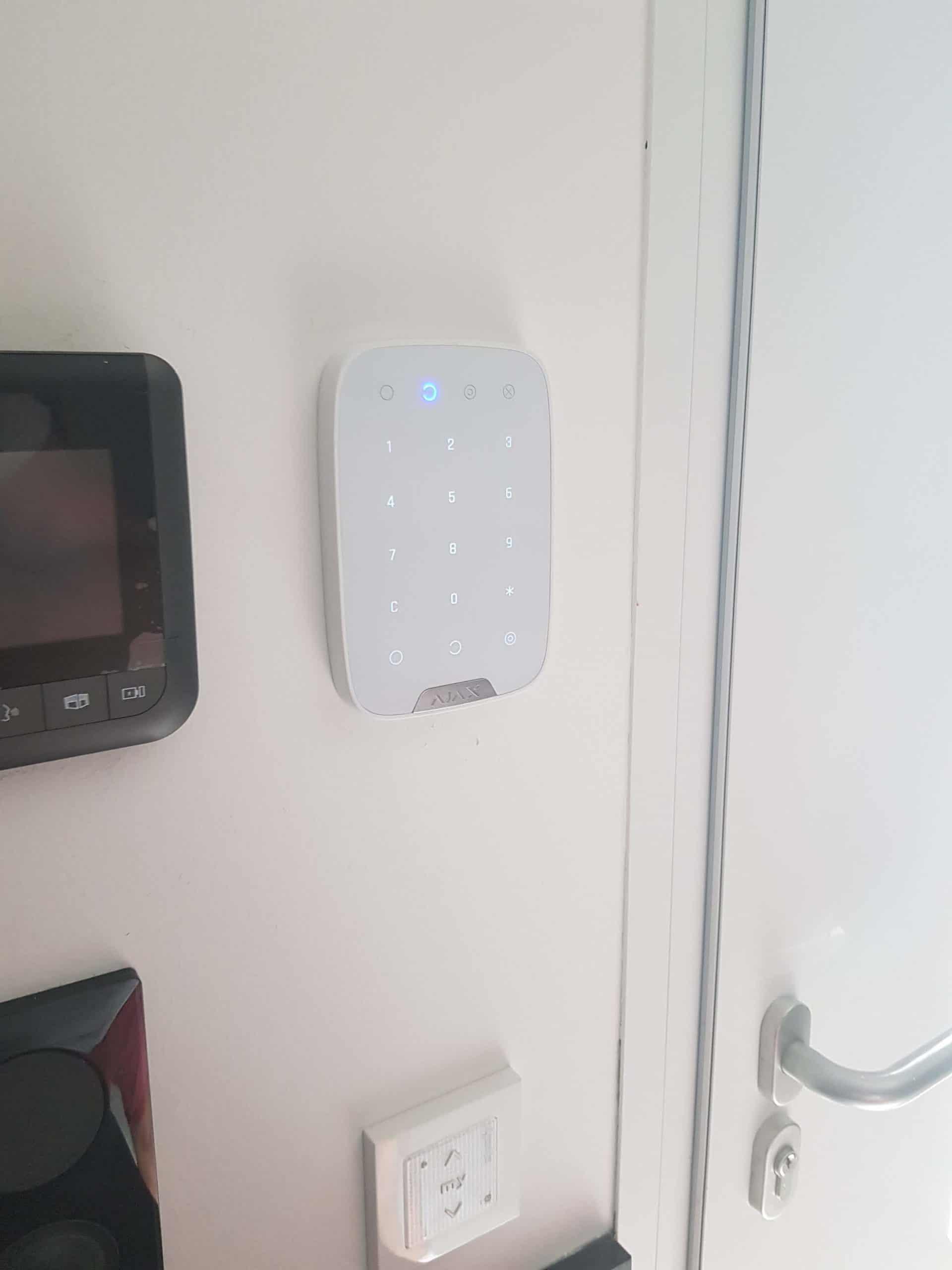 Equipement d'alarme sans fil pour maison individuelle proche de Vitrolles