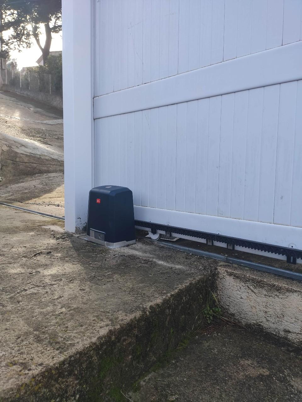 Motorisation de portail coulissant ou battant sur Aix en Provence, Vitrolles et Salon